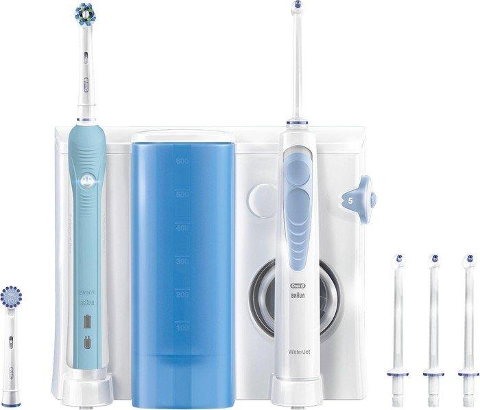 Oral-B PRO 700 WaterJet Center (139805)