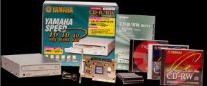 Yamaha CRW-2100S-VK-SE 16x/10x/40x Special Edition with Tekram 315U controller, external/SCSI, Retail