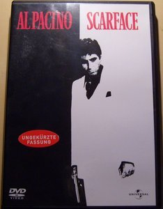 Scarface (1983) -- © bepixelung.org