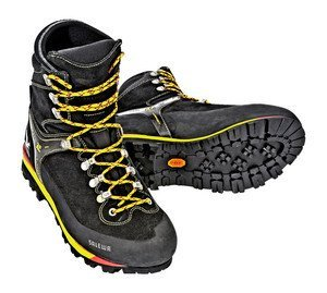 Salewa Blackbird Insulated GTX (mens) -- ©globetrotter.de