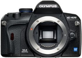 Olympus E-420 schwarz mit Objektiv 14-42mm 3.5-5.6 (N3125692)