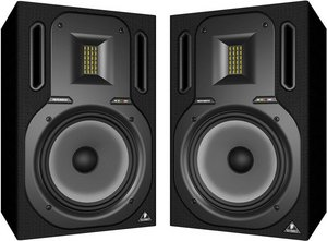 Behringer Truth B3031A Studio monitor -- © Copyright 200x, Behringer International GmbH