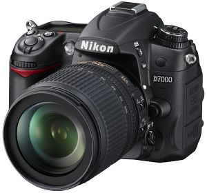 Nikon D7000 with lens AF-S VR DX 18-105mm 3.5-5.6G ED (VBA290K001)